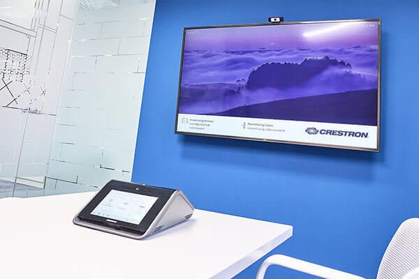 Crestron Mercury with LG Display