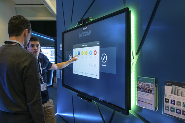 Clevertouch Pro Series - E-CAP Display